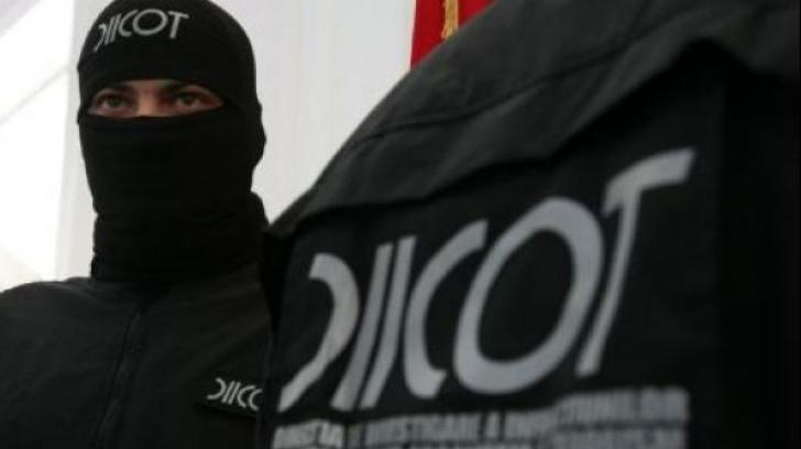 DIICOT: opt persoane, reținute pentru evaziune fiscală de 43 de milioane de euro