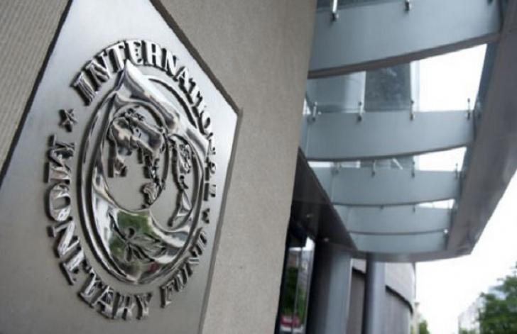 FMI desfiinţează optimismul guvernării Dăncilă: economia României îşi pierde suflul