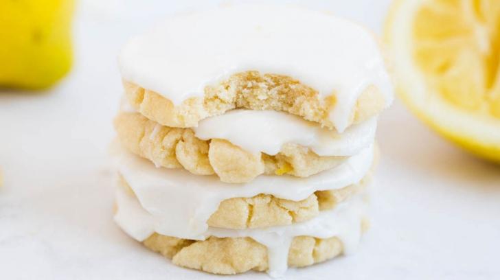 Cum să prepari biscuţi delicioşi cu glazură de lămâie. Reţeta penu care te va lăuda toată lumea