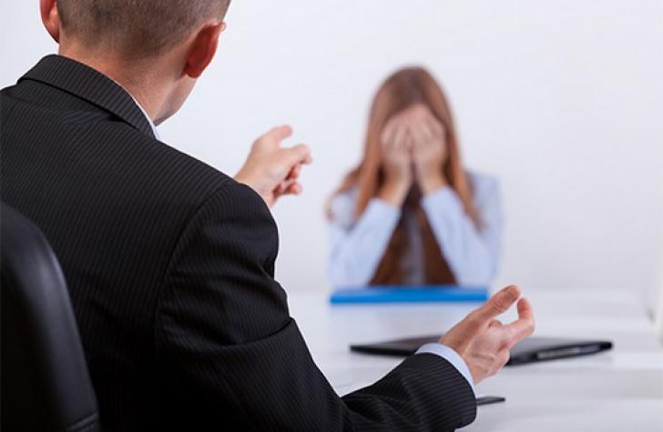 Întrebarea care face ravagii la interviurile de angajare din România. 90% din candidaţi pleacă acasă