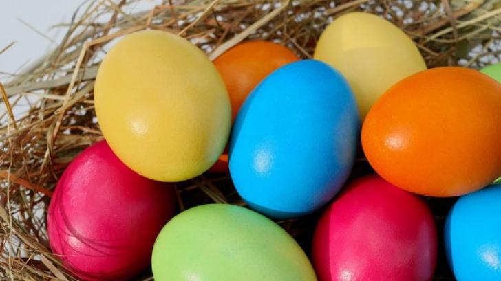 Cât timp mai poți mânca ouăle vopsite de Paște
