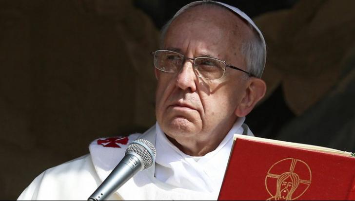 Papa Francisc anulează Biblia? Ştire falsă