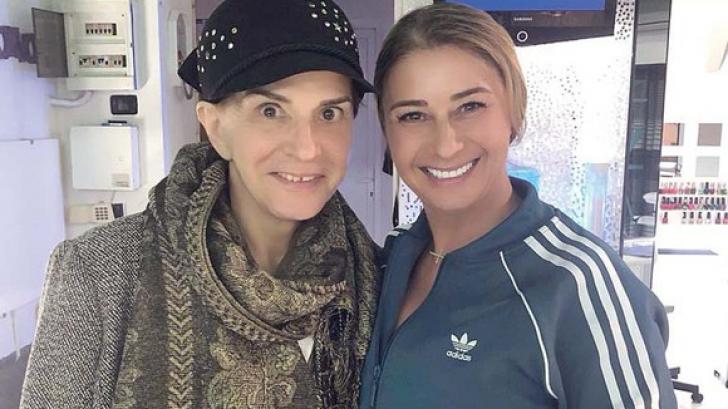 Anamaria Prodan I A Scris Luni Seara Un Mesaj De Adio Mamei Sale Ionela Prodan Care Suferea De Cancer Galopant Situat La Pancreas