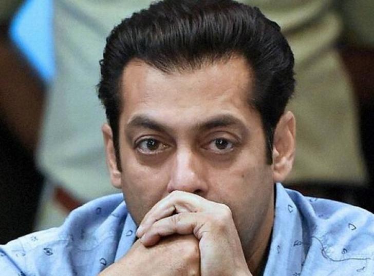 Ce făcea Iulia Vântur, în timp ce Salman Khan era dus la închisoare
