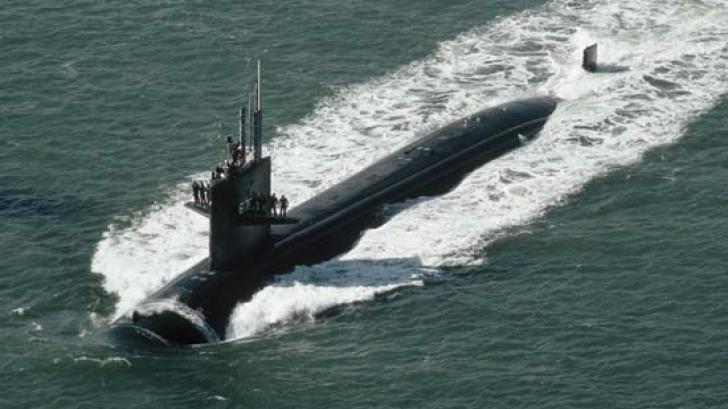 53 de morți după ce un submarin s-a scufundat, în Indonezia