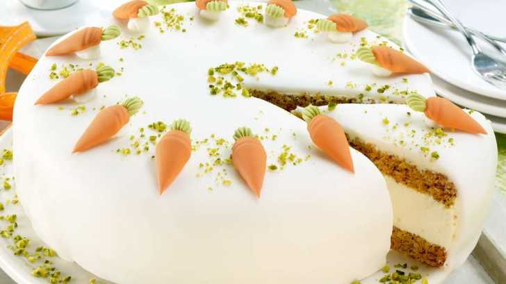 Cum să faci un delicios tort de morcovi, special pentru masa de Paşte