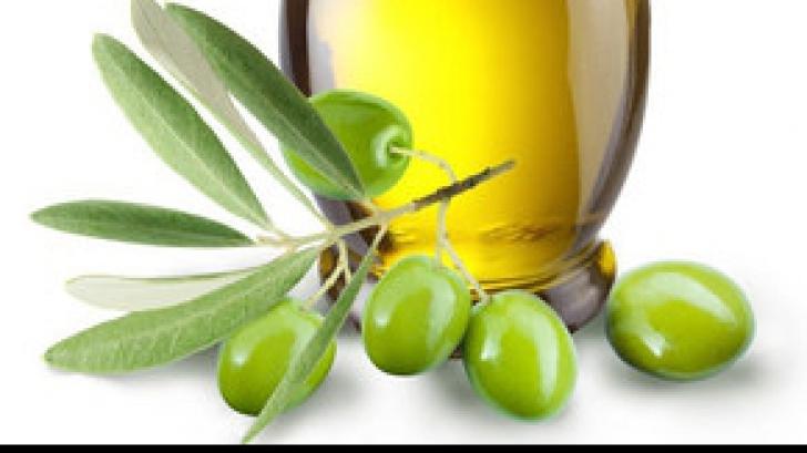 Ce se întâmplă dacă înghiți ulei de măsline extravirgin pe stomacul gol. Tu știai asta?