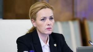 """Carmen Dan: """"Ghinion, domnule preşedinte Iohannis, noi insistăm să guvernăm cu bună credinţă"""""""