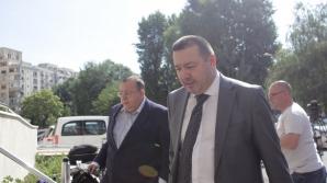 """Deputatul Mitralieră, cercetat pentru ultraj. A jignit-o pe jurista Poliţiei Argeş: """"O nesimţită!"""" / Foto: Inquam Photos / Octav Ganea"""