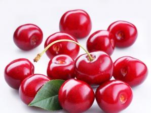 Ce afecțiuni previi dacă mănânci cireșe mai des