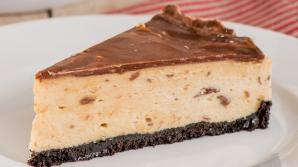 Cum să faci cel mai bun cheesecake, fără coacere. Rețeta deliciului