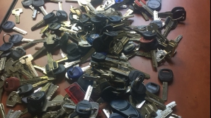Sute de chei asupra unui infractor