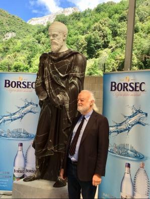 Vreau un dac în Bucureşti. Proiectul Asociaţiei Identitate Culturală Contemporană, la final (P)