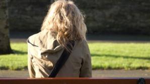 La şcoală, avea 10 pe linie! Însă tatăl ei bănuia că are un SECRET. N-o credea în stare de aşa ceva!