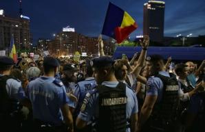 Ultimul protest a avut loc după decizia CCR privind revocarea lui Kovesi / Foto: Inquam Photos / Octav Ganea