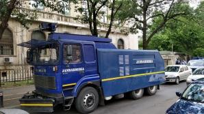 "Jandarmii i-au primit ""bine"" pe protestatari"