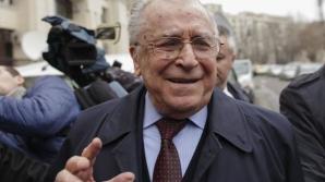 Ion Iliescu, chemat la Parchetul General pentru extinderea acuzaţiilor în dosarul Revoluţiei