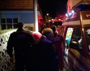 Tânăr căzut într-o groapă din Bistriţa, salvat de fostul preşedinte al CCR Augustin Zegrean / Foto: bistriteanul.ro