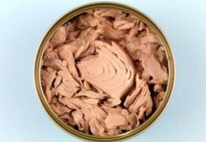 Pericolul din conservele de ton. Descoperire șocantă făcută de cercetători