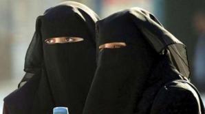 Parlamentul danez interzice purtarea vălului islamic