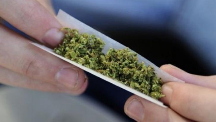 ONG-urile condamnă discursul de blamare a consumatorilor de droguri