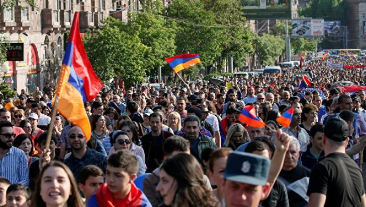 Protestele au fost reluate la Erevan