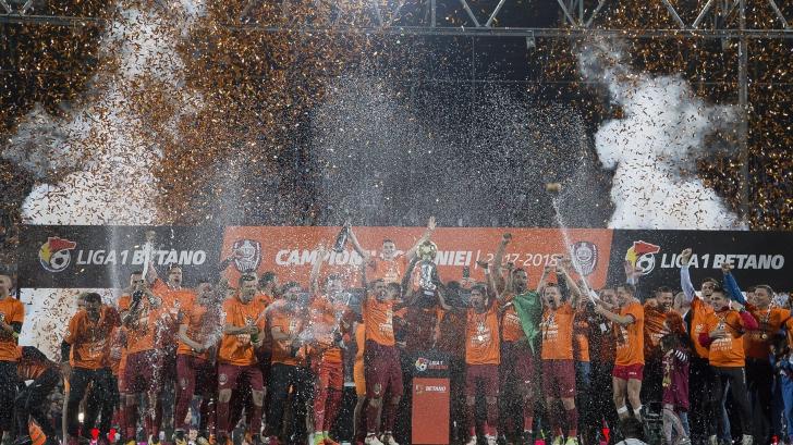 CFR Cluj este noua campioană a României la fotbal. Dan Petrescu preia titlu de la Hagi