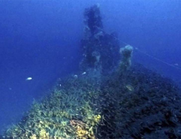 A găsit un submarin dispărut în '43 în timpul celui de-al II-lea Război Mondial. Şoc ce era înăuntru