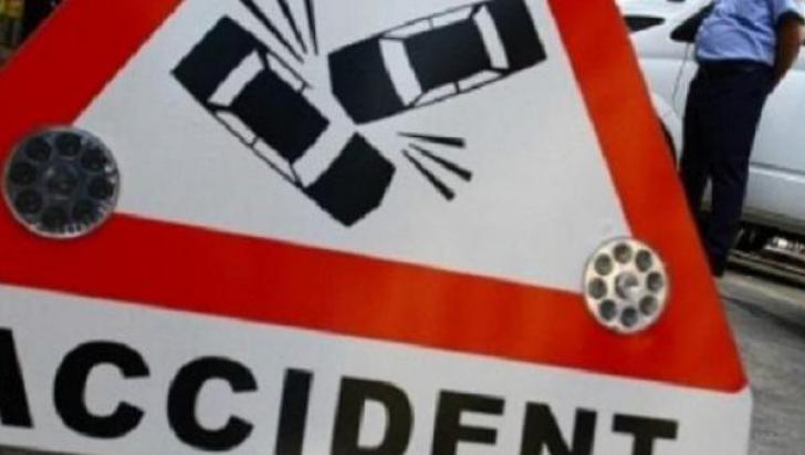 Accident pe A1 Piteşti – Bucureşti. Un autoturism şi o motocicletă s-au ciocnit: un mort, doi răniți