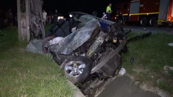 Accident grav în Argeş: Doi morţi şi un rănit