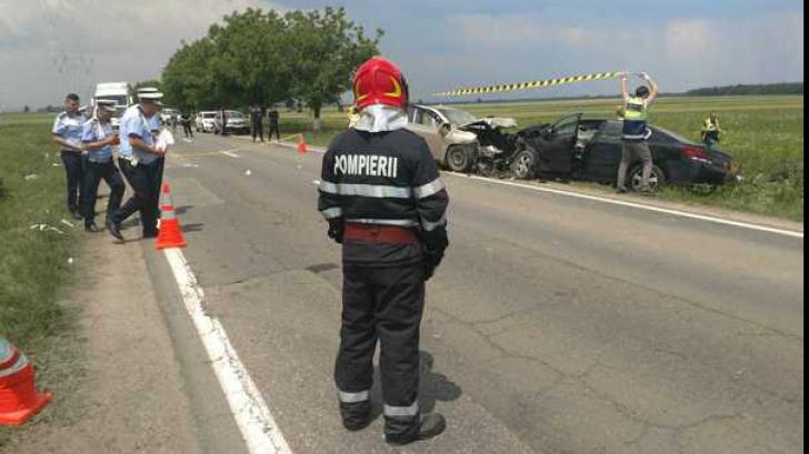 Accident grav în Dâmbovița. O persoană a murit, iar alte patru au fost rănite