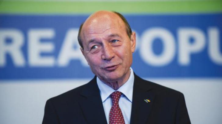 """Traian Băsescu, despre plecările din PMP: """"I-am trimis lui Dragnea trei lingăi, să îi fie de bine"""""""