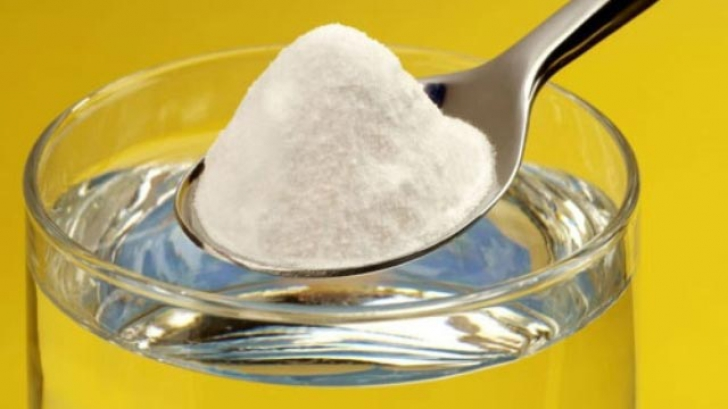 De ce să pui bicarbonat de sodiu pe carnea crudă - trucuri cu bicarbonat la care nu te aşteptai