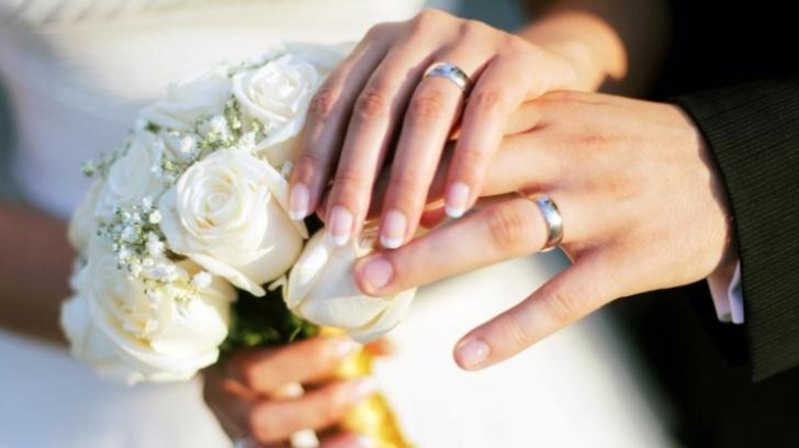 Bat clopote de nuntă. Zodiile care se căsătoresc în 2019