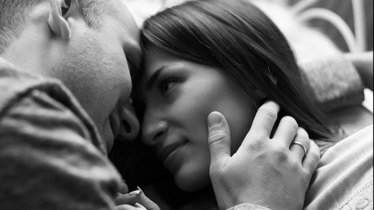 De ce bărbații preferă sexul dimineața?