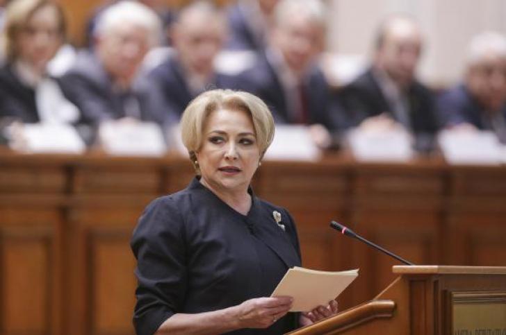 """VIRAL. Cum s-a încurcat Dăncilă în stadioane: """"Se vor face Giuleşti, Dinamo, Rapid şi Giuleşti"""""""