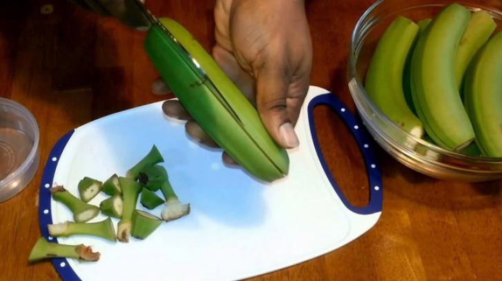 Dieta cu coji de banane. Cum slăbeşti cu ajutorul cojilor de banane verzi