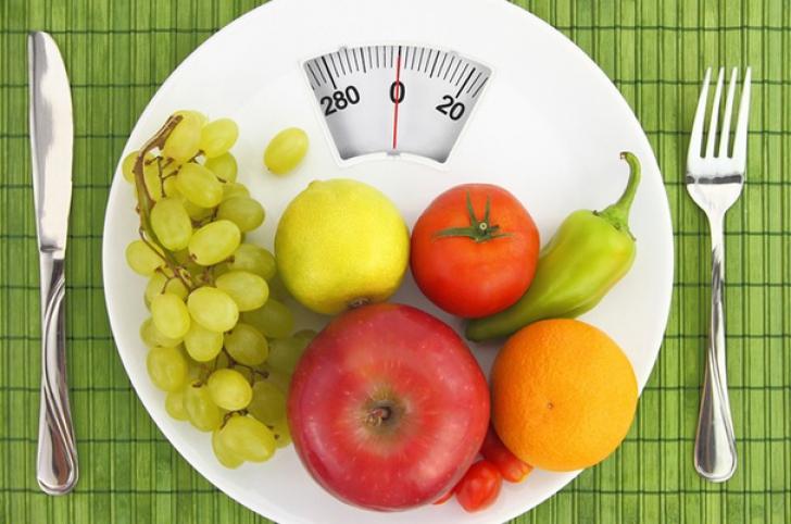 Ce să mănânci înainte de 8 dimineața ca să ai un abdomen plat