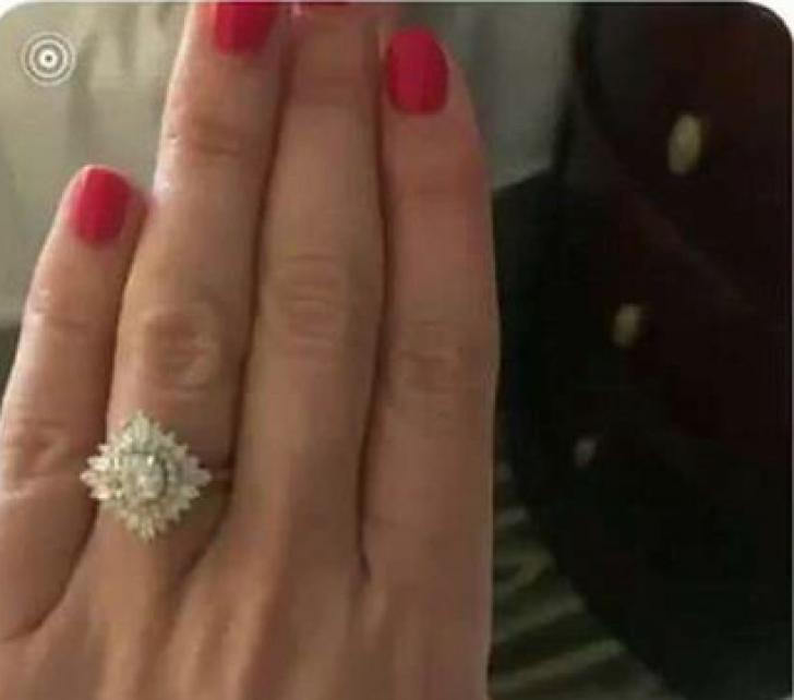 Inelul de logodnă