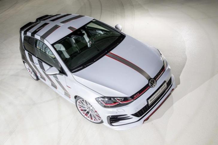 Volkswagen. Nemţii au prezentat noul WOLKSWAGEN GOLF