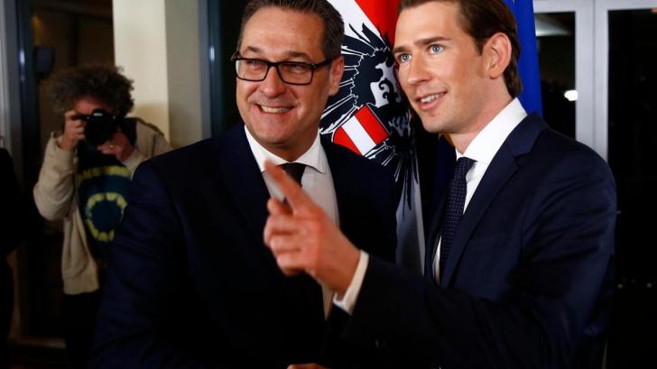 Vicecancelarul (stânga) și cancelarul Austriei