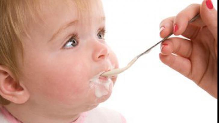 De ce nu sunt bune iaurturile pentru copii. Iată ce spun specialiștii!