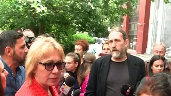 Zeci de medici de familie au protestat în fața Casei Naționale de Asigurări de Sănătate