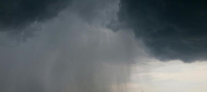 Imagini pentru ploi mari