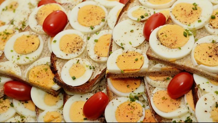Ce se întâmplă dacă mâncăm câte un ou zilnic. Medicii nu bănuiau