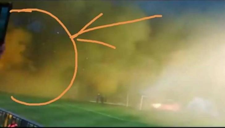 """Spectatorii au rămas mască la meciul Petrolului. Ce a apărut pe stadion! """"Este..."""""""