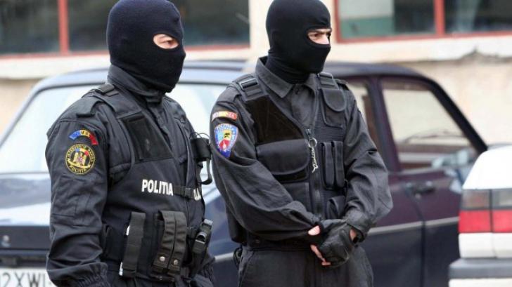 Un nou scandal cutremură Poliția Română. Șeful de la Fetești, cercetat pentru pornografie infantilă
