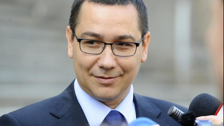 """Victor Ponta a dezvăluit pe cine ar propune premier. """"Este cunoscută și respectată"""""""