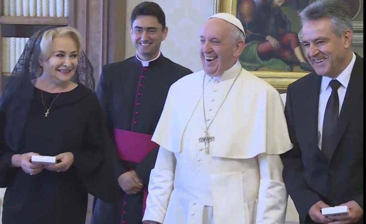 Viorica Dancila, însoţită de soţ la Vatican