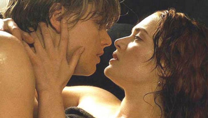 """Filmele şi sexul. Dezvăluiri hilare ale actorilor despre scenele """"fierbinţi"""""""